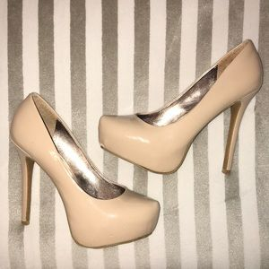 Steve Madden Patent Leather Pumps